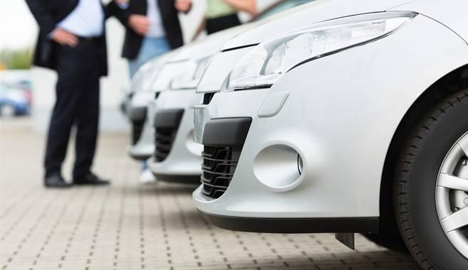 Цены на автомобили в Томске увеличились на 12% за последние 9 месяцев