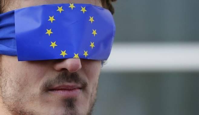 Евродепутаты завершили работу над концепцией бюджета для зоны евро