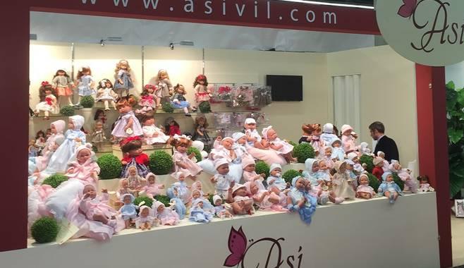 В Нюрнберге открылась самая большая выставка игрушек в Европе